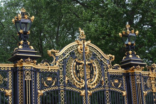 Gate-of-Buckingham Palace