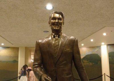 Ronald Regan Bronze sculpture