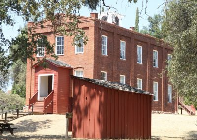 School Columbia Historic State PArk