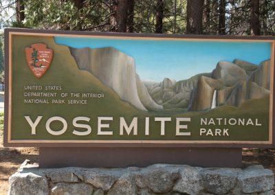 Yosemite sign