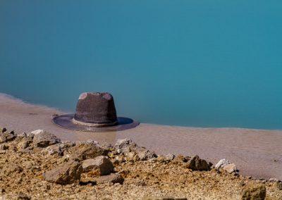 Lost hat Porcelain Spring