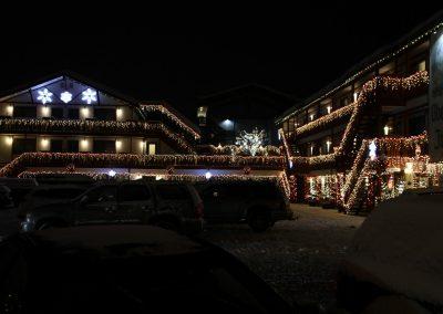 obertal inn at night